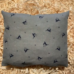 Swiss stone pine cushion Premium Linen ( 28 cm / blue )