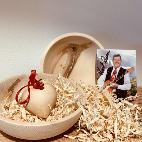 Swiss stone pine bowl Kurt & Heart Autogramm Edition